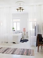 10_favorite_summer_sheer_curtains_07